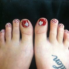 Christmas gel pedicure!  Follow me at @adris_nails on ig!:)