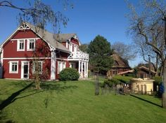 Manuela u. Hot Pot, Hot Tub Backyard, Garden Landscaping, Landscaping Ideas, Landscape Plans, Hot Tubs, Garden Planning, Firewood, Spa