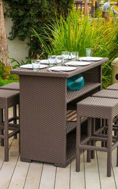 awesome outside wicker tabletop