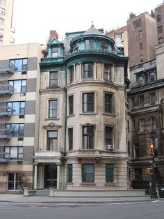 Frederick & Lydia Prentiss House  Beaux-Arts Townhouse (1899–1901)  Architect: C.P.H. Gilbert  1 Riverside Dr.  Upper West Side, New York