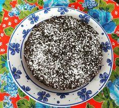 Agora o docinho do aniversário gluten free nosso Brownie. #brownie #glutenfree #lactosefree 🌱🐔🐄🍫🍰 @donamanteiga #donamanteiga #danusapenna #amanteigadas #gastronomia #food #bolos #tortas www.donamanteiga.com.br