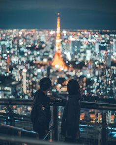 Incredible Cityscape and Urban Photography by Harimao Lee Urban Photography, Couple Photography, Landscape Photography, Tokyo Tower, Night Couple, Night City, Tokyo At Night, City Aesthetic, Urban Landscape
