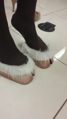 DIY satyr hooves for any costume