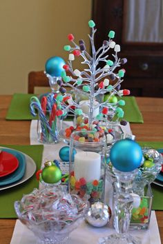 SouthernScraps Happenings: Creating a Candy Christmas tablescape