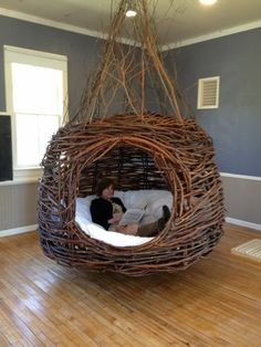 diy home decor - Home Interior Design — Dreamweaver Nests Willowbee Willow Weaving, Basket Weaving, Funky Furniture, Furniture Design, Dream Rooms, Inspired Homes, Home Interior Design, Diy Interior, Luxury Interior