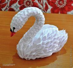 Поделка изделие Цумами Канзаши Мой лебедь из атласных лент Ленты фото 2