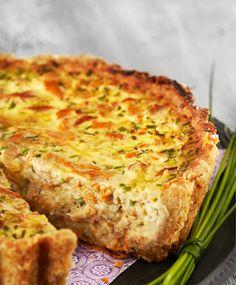 Kermainen kantarellipiirakka | Maku A Food, Good Food, Food And Drink, Yummy Food, Savory Pastry, Savoury Baking, Baking Recipes, Dessert Recipes, Savory Snacks