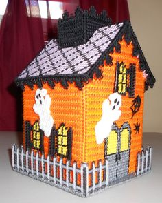 Haunted House Tissue Box Cover (Plastic Canvas)