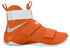 14 Colorways For The Nike LeBron Zoom Soldier 10 Team Collection Tenis Basketball, Girls Basketball Shoes, Sports Shoes, Nike Lebron, Sneaker Posters, Soldier 10, Reebok, Play Shoes, Tiffany Blue Nikes