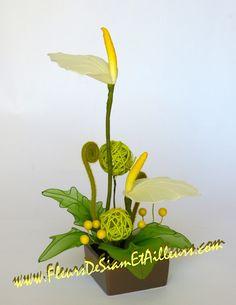Ikebana avec Anthuriums blancs