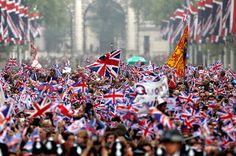The crowd surging along the Mall towards Buckingham Palace, April 29, 2011.