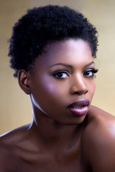 Today at Curly Pearl we're going to break down he most popular short natural African American hairstyles for men and women alike.