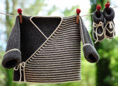 layette ensemble mérinos 1-3 mois rayé gris et écru neuf tricoté main brassière et chaussons : Mode Bébé par com3pom
