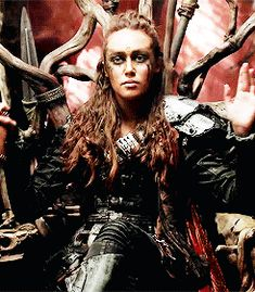 The 100 - Part II When nuclear Armageddon destroys civilization on Earth, the only survivors are those on the 12 international space stations in orbit Lexa The 100, The 100 Clexa, The 100 Poster, Commander Lexa, 100 Memes, Lgbt, Alycia Jasmin Debnam Carey, Clarke And Lexa, The 100 Show