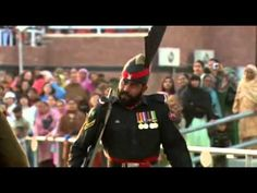 ▶ How the border between India and Pakistan is closed, every day - YouTube