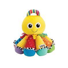 Lamaze Octotunes? Do! Re! Mi! De kleinste kindjes zullen erg veel plezier hebben bij het maken van vrolijke muziek met Octotunes van Lamaze. Iedere tentakel speelt een andere toon. Deze zachte speelvriend heeft een lichte vanille aroma over zich en wordt geleverd met liedteksten