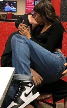Cute Couples Photos, Cute Couple Pictures, Cute Couples Goals, Couple Photos, Teen Couples, Couple Goals Relationships, Relationship Goals Pictures, Boyfriend Goals, Future Boyfriend