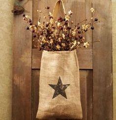 Vintage Hanging Burlap Bag - Vintage Star x Primitive Crafts, Country Primitive, Burlap Signs, Burlap Wall, Burlap Garland, Burlap Pillows, Home Crafts, Diy Crafts, Decor Crafts