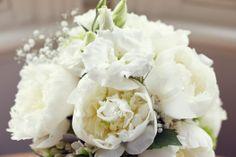 35mm Wedding Photography - Trish & Nigel - Flowers!