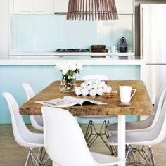 Beach house in Maroubra designed by Tim Leveson Interiors