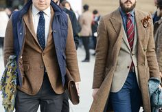 PITTY UOMO | JANUARY 2014 | The streets of Florence are full of blue, brown and pattern. | Brown and blue are the new classic!
