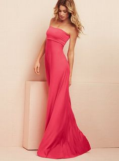 A diy inspiration: Foldover Strapless Maxi Dress from victorias secret....im pretty sure i could make this for less than what they are charging!!