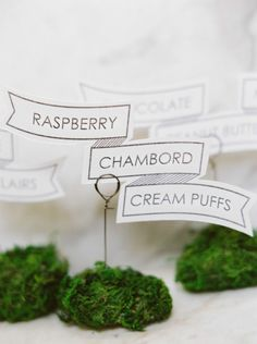 Cute appetizer cards: http://www.stylemepretty.com/2015/03/25/elegant-maryland-countryside-wedding/ | Photography: Amelia Johnson - http://amelia-johnson.com/