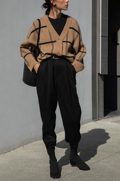 Teen Fashion Outfits, Retro Outfits, Cute Casual Outfits, Fashion Pants, Normcore Outfits, K Fashion, Aesthetic Fashion, Aesthetic Clothes, Mode Grunge