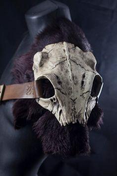 Skull armor shoulder tribal style pauldron. by CamaradelAlquimista