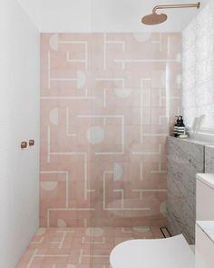 8 Startling Tips: Interior Painting Pink bathroom paintings navy.Interior Painting Tips Ideas. Minimal Bathroom, Modern Bathroom, Small Bathroom, Bathroom Ideas, Bathroom Trends, Bathroom Designs, Pink Bathroom Tiles, Pink Tiles, Pink Bathrooms