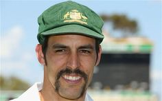 The Ashes Australia fast bowler Mitchell Johnson strong enough in body and mind to win series Ashes Cricket, Cricket Bat, Cricket Sport, Viv Richards, Mitchell Johnson, National Games, Executive Fashion, Sports Celebrities, Celebrity News