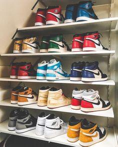 Sneakers men fashion - Collection goals 🔥 📷 by air airjordan basketball basketballshoes grailify hypebeast igsneakercommunity jordan jordandepot jordans jordansdaily kicks k Sneakers Mode, Sneakers Fashion, Fashion Shoes, Shoes Sneakers, Mens Fashion, Nike Air Jordan, Air Jordan Sneakers, Tenis Nike Air, Nike Air Shoes