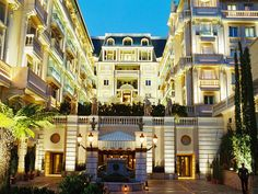 Hotel Metropole, Monte Carlo. Rated 9.3
