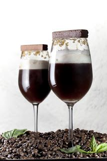 Shot by Nilesh Acharekar styled by Aparna Kaistha A chocolate cocktail Chocolate Cocktails, Red Wine, Alcoholic Drinks, Shots, Food, Alcoholic Beverages, Eten, Meals, Alcohol