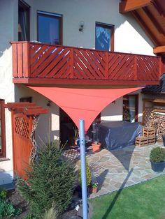 Terrassenbeschattung mit einem Sonnensegel