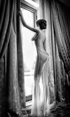 pinterest.com/fra411 #fatale - black and white photography - femme fatale