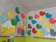Accoglienza Classroom Decor, Montessori, Camilla, Home Decor, Preschool Classroom Decor, Frozen Coloring, Back To School, Class Decoration, Murals