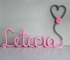 Nome em Tricô/tricotin - Letícia