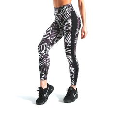 2018 Summer Women Mesh Fitness Leggings Striped Printed Workout Elastic Trousers Slim Striped Pants Plus Size High Waist Pants 2 – Professionell Reinigen Sports Leggings, Workout Leggings, Women's Leggings, Leggings Fashion, Striped Leggings, Striped Pants, Summer Wear, Stripe Print, High Waist