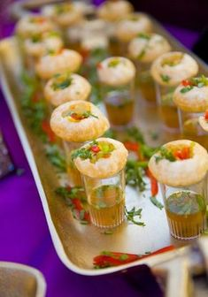 13 Most Drooling Wedding Food Ideas for Creative Display! diy food 13 Most Drooling Wedding Food Ideas for Creative Display! Indian Wedding Food, Asian Wedding Venues, Wedding Ideas, Desi Wedding Decor, India Wedding, South Indian Weddings, Indian Wedding Decorations, South Asian Wedding, Craft Wedding