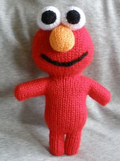 Ravelry: New Elmo Peep Pattern pattern by theknittycat / Shar Baby Boy Knitting Patterns, Knitting For Kids, Free Knitting, Knitting Projects, Baby Knitting, Crochet Projects, Knitting Toys, Elmo, Knitted Stuffed Animals