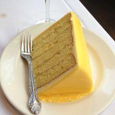Del Friscos New York City. Lemon cake. Yum
