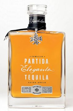 Our premium Partida Tequila Elegante Extra Añejo uses the very best Partida estate-grown blue agave, carefully selected and hand harvested when perfectly ripened with concentrated sugars. Tequila Wine, Tequila Drinks, Alcoholic Drinks, Whisky, Mezcal Cocktails, Mexican Beer, Strong Drinks, Cocktail Making, Wine And Beer