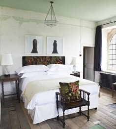 Grandmother Chic. Durslade Farmhouse in Somerset: The New Bloomsbury