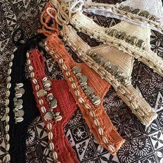 Image of Kuchi coin detail Brazilian bottom Motif Bikini Crochet, Bikinis Crochet, Knit Crochet, A Bikini A Day, Crop Top Bikini, Knit World, Crochet Bathing Suits, Dress Picture, Crochet Dresses