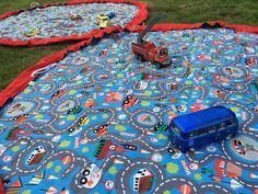 Speeltapijt - on the go!  Borduurshop & naaiatelier  Kies je favoriete stof en mix met kleuren! Contacteer ons voor naaiwerk op maat.  Verjaardagskronen, vlaggenlijnen, slabben, kwijlslabben, sjaaltjes, mutsjes, speeltjes, luierzakjes... Borduurwerk van textiel, handdoeken, knuffeldoekjes...