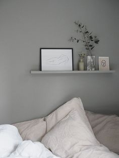 gray bedroom with pop of color Grey bedroom inspiration Farrow & Ball Lamp Room . Bedroom Tv Wall, Boys Bedroom Decor, Gray Bedroom, Bedroom Ideas, Picture Ledge Bedroom, Ikea Picture Ledge, Grey Room, Bedroom Pictures, Ikea Bedroom
