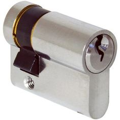 The half europrofile cylinder allows locking of the door with a key from one side only.