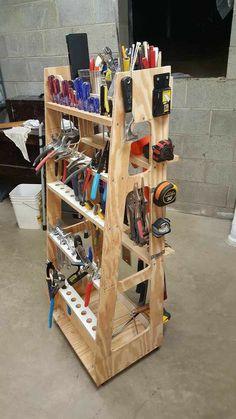 Garage Tool Organization, Garage Tool Storage, Garage Storage Solutions, Workshop Storage, Garage Tools, Storage Ideas, Garage Workshop, Storage Rack, Organization Ideas