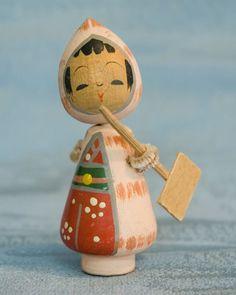 Kokeshi Japanese wooden doll - Tiny Naruko style Ningyo